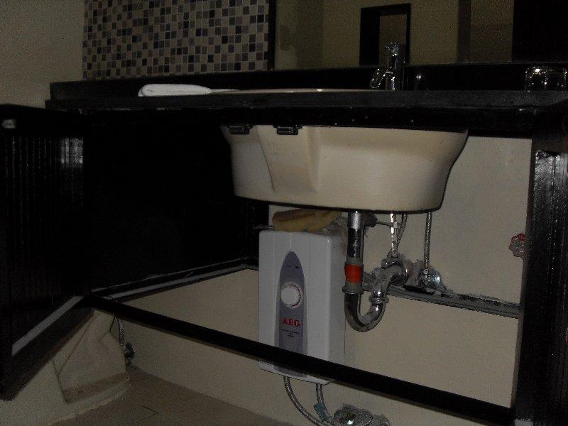 AEG Water Heater – L' FisherHotel