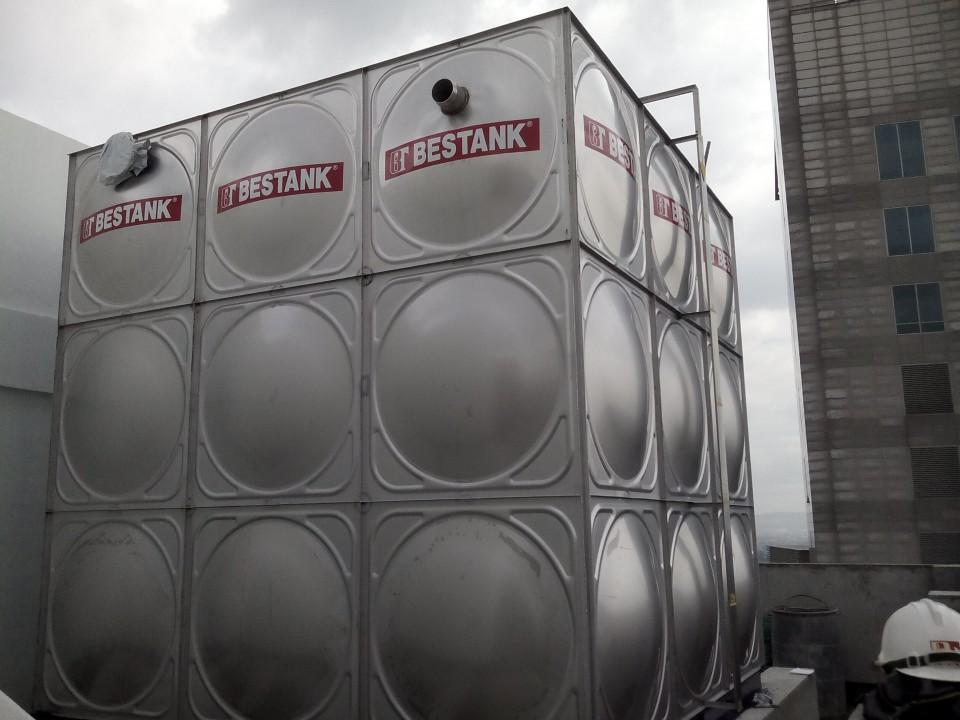 Modular tank at Taison building in the Fort